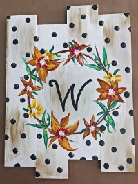 WoodPallet MonogramWreath 200